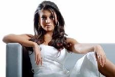 I am not in love with anyone says Nayanthara