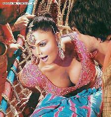 Now Rakhi Sawant is nautanki Shanno